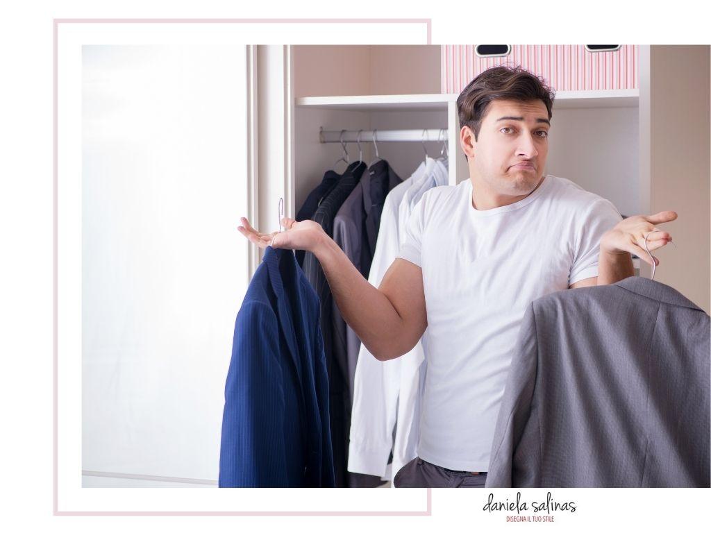 Scegliere il tuo outfit per vestire con successo.
